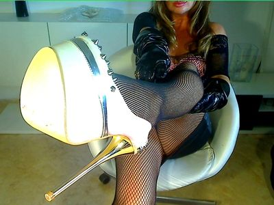 66823 - My sexy new high heels!