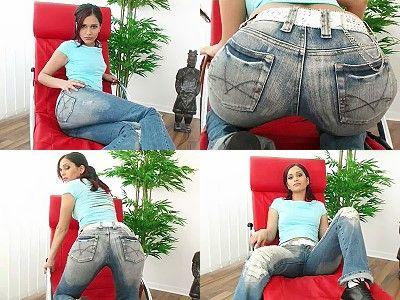 231 - JeansGirl Cleo