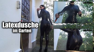 102505 - Latex Shower In The Garden