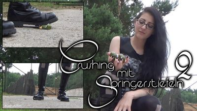 90893 - Chrushing in Jumpingboots 2