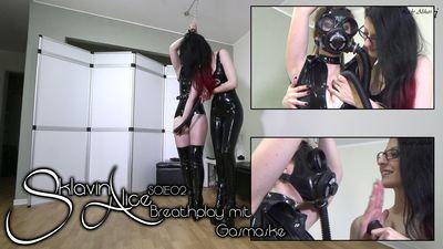 92596 - Slavegirl Alice - Breathplay with Gasmask