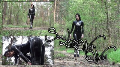 94223 - Sexy Latex-Walk in the Forest