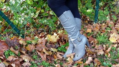 78820 - Walking in the forrest with boots