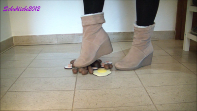 82583 - Crushing Easter chocolate with sexy ankle boots