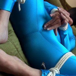 109453 - I'm massaging my cunt tied up in spandex