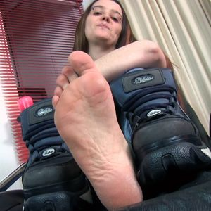 109388 - Jerk instructions: Worship my soles and my buffaloes!