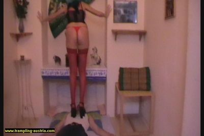 81455 - High Heel Trampling 26