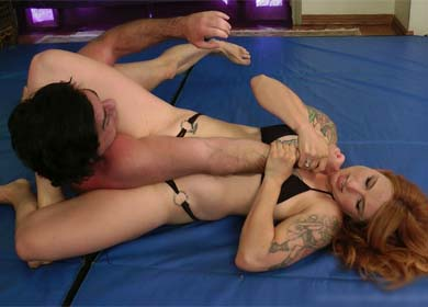 95339 - NIKKI FIERCE OUT OF CONTROL - SUBMISSION DEMOLITION MIXED MATCH - ARMBAR