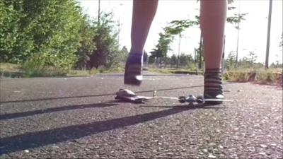 87855 - Annoying Models (Groundcam)