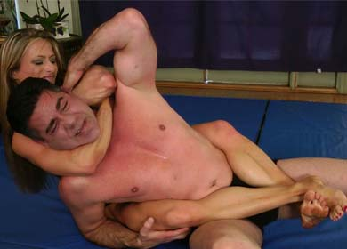 63032 - AVE MARIA - REAR NAKED CHOKE HOLD