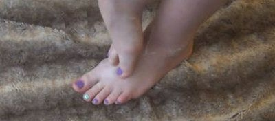 93799 - Worship My Painted Toes Feet & Soles With Lotion