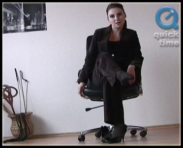 37724 - Saphira - Bossy Stockings Worship