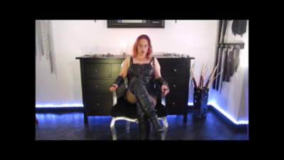 137528 - Worship my boots