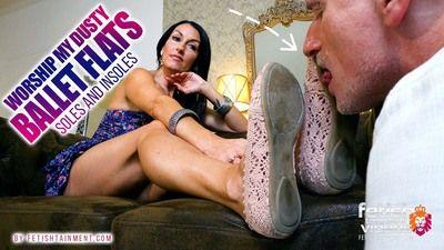 168642 - Lick my dusty ballet flats clean!