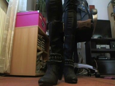 78039 - Everday Boots!