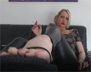 107576 - Tribute your smoking Goddess Helene