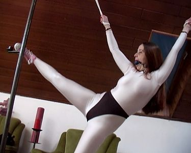 109544 - Sorry, I can free myself under the shibari stand