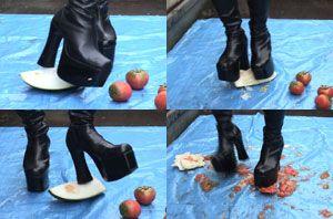 7226 - Crushing Boot Babe #5