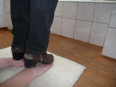 116236 - Trample my slave's hands with brown ankle boots
