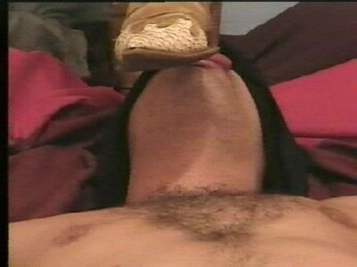 7492 - Bootsole on his mouth