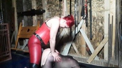 130075 - Goddess Andreea 4 strapon fucking positions in attic