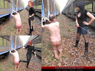 9758 - Lashingtortur for the slave-ass
