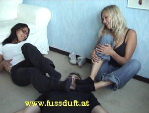 2152 - slave smell stinky socks from hot girls