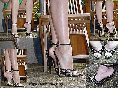 11345 - Black 6 inch sandals and green toe nails