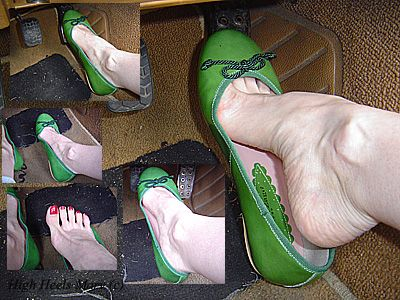 11357 - Green flat ballerina shoes pedal pumping