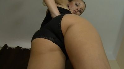 55435 - MAJA WILL SIT ON YOUR FACE