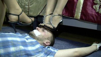 56276 - BONDAGED UNDER SHOES AND PANTYHOSE - A