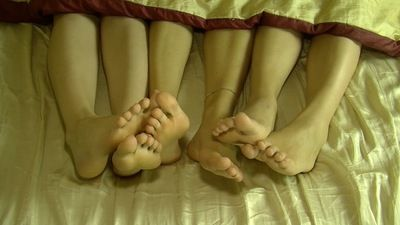 66231 - 3 GIRLS FOOTSIE