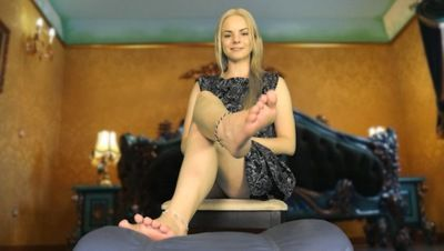 97638 - POV Princess In Her Chamber
