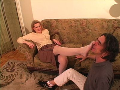 42352 - Cuckolded Roommate; Bragging about the Hot Date