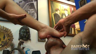 17132 - Gabby's Spiritual Foot Dom