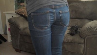 18318 - Putting your Money In My Tight Jeans