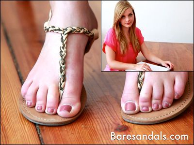 52834 - Lacey's thong sandals