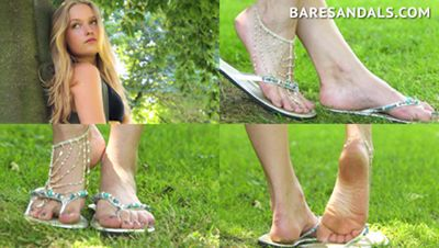 76427 - Candid feet, Italian girl soles in white sandals