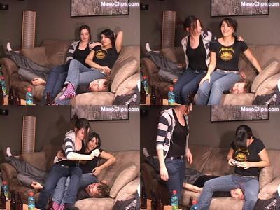 104984 - Sitting on Sandra's Boyfriend!