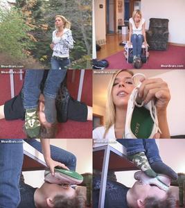 28456 - Sweaty Sneaker Socks!