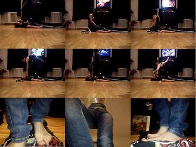 28403 - Facesitting, Trampling and Foot worship